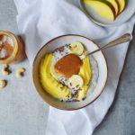Tropisk chiagrød med mango og karamel 1