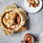 Ovnbagt grød med æble, peanutbutter og mørk chokolade 1