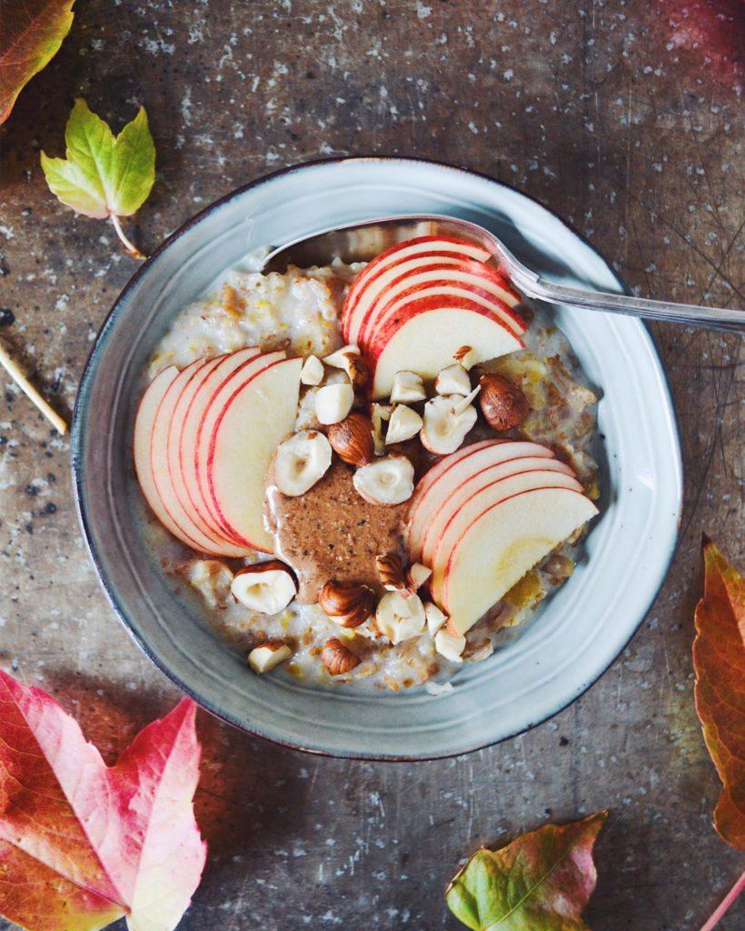 Mysligrød med æble og nougat nøddesmør