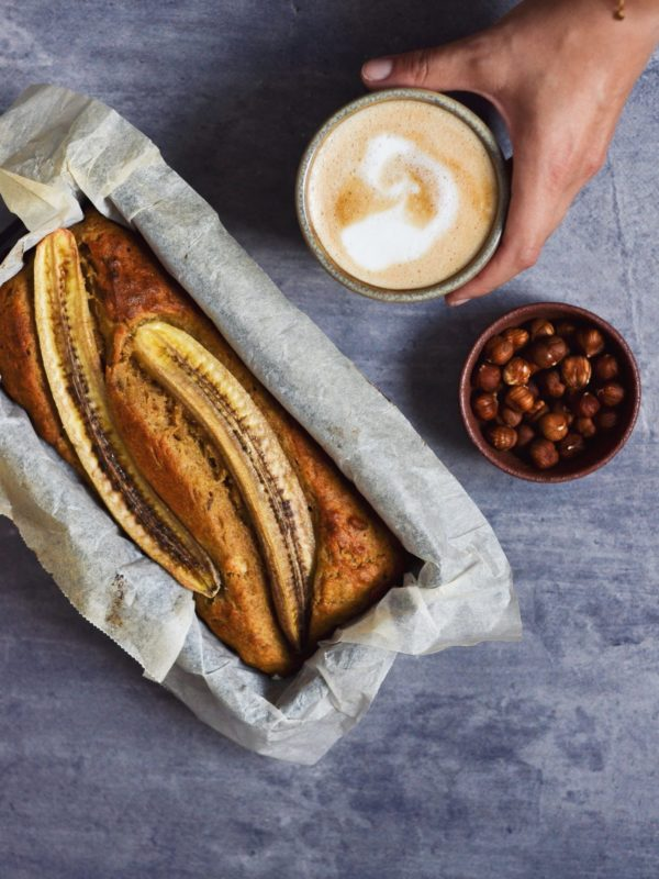Bananbrød med hasselnødder