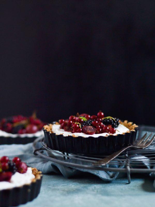 Små morgenmadstærter med bær