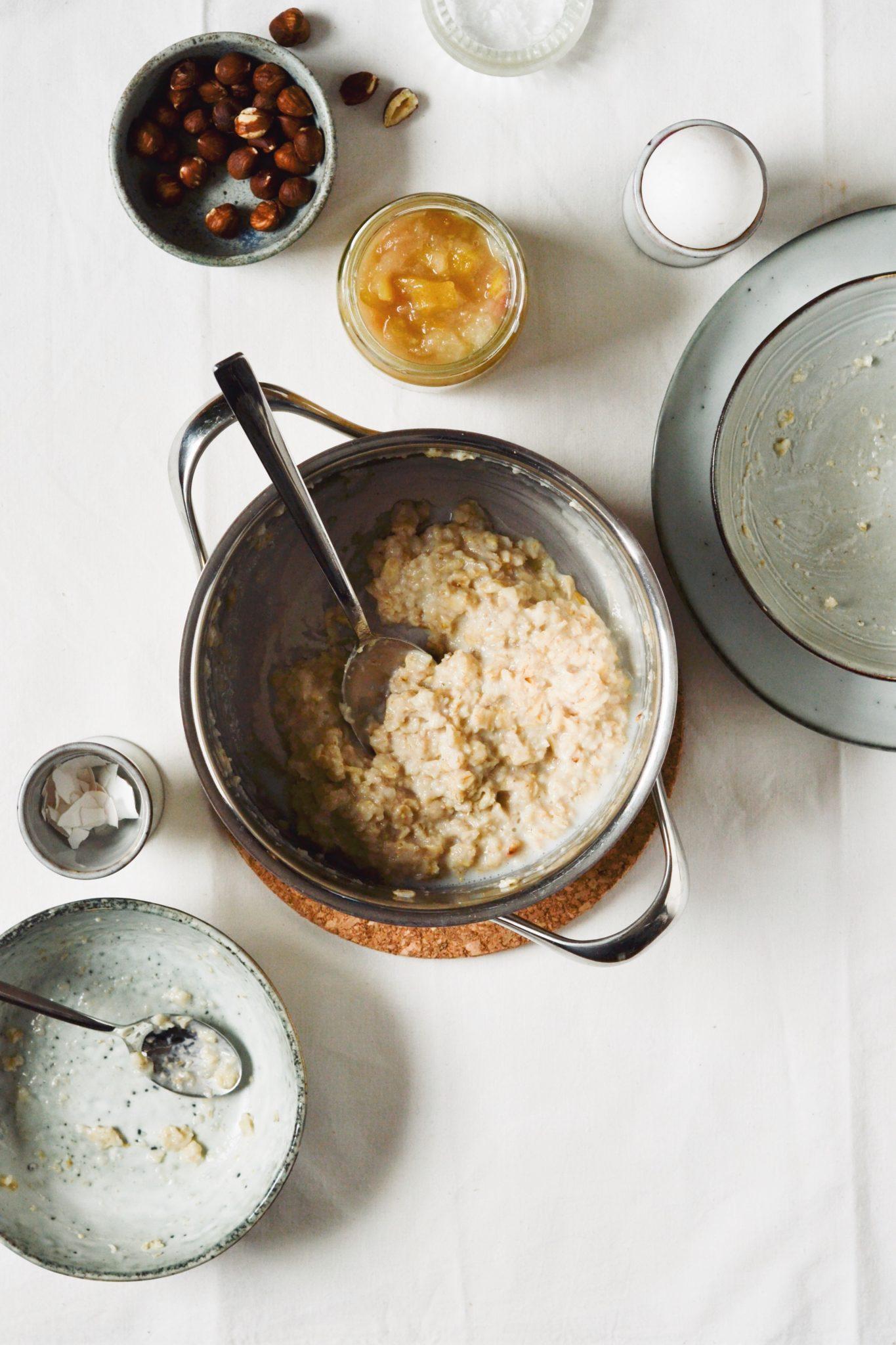 klatkager laver med havregrød - havregrødspandekager af rester