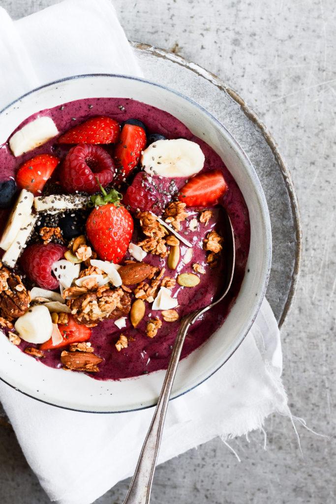 acai-bowl-opskrift-sund-morgenmad