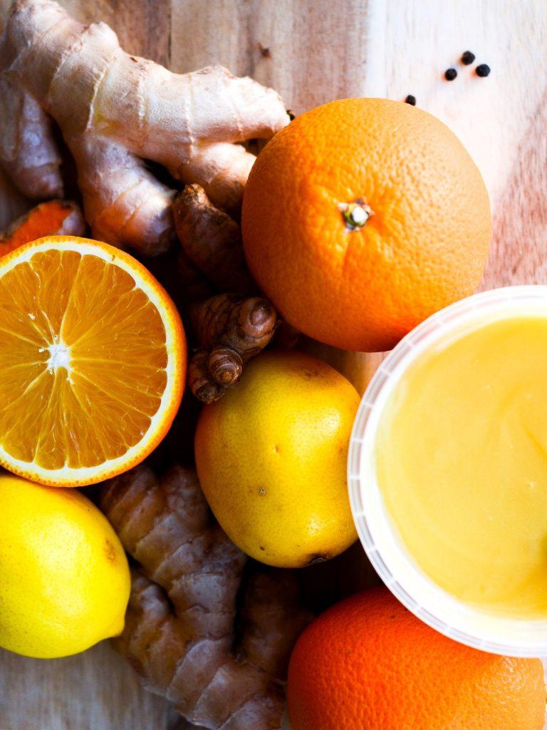 ingefærshot med appelsin, gurkemeje og citron