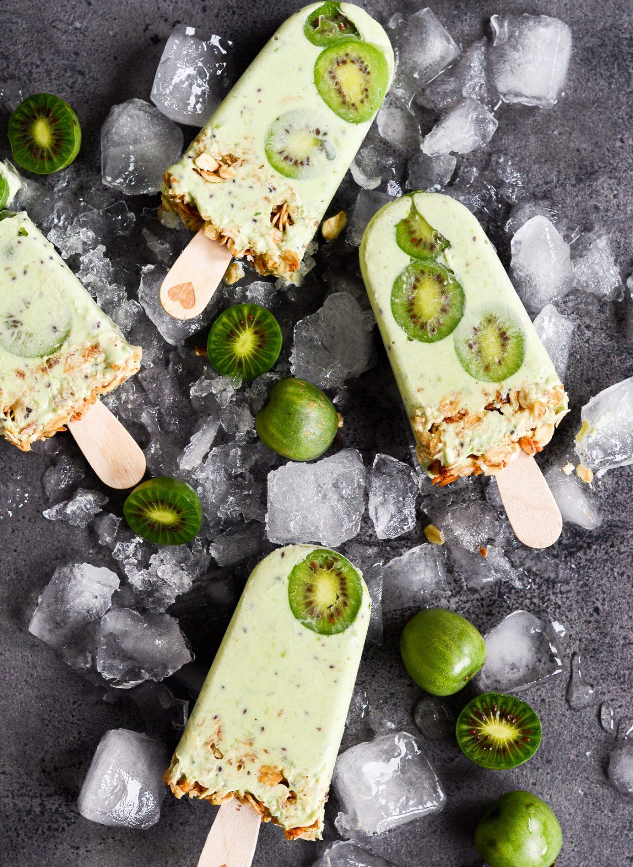 yoghurtis-med-kiwibaer-myslijpg